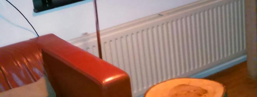 1/4 Dit tafeltje wordt door de koper goed gebruikt als bijzettafel