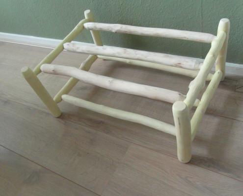 In totaal heb ik 5 meter aan hout gebruikt om dit schoenenrekje te kunnen maken
