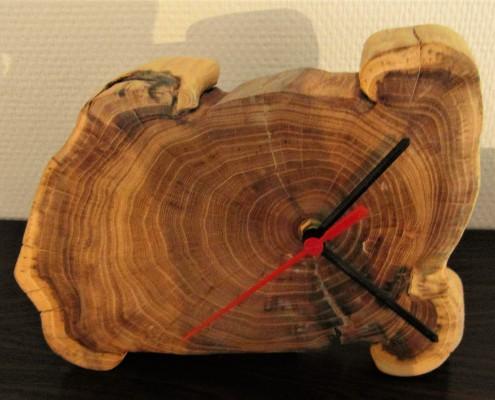 De bijzondere vormen van het hout zijn hier goed te zien